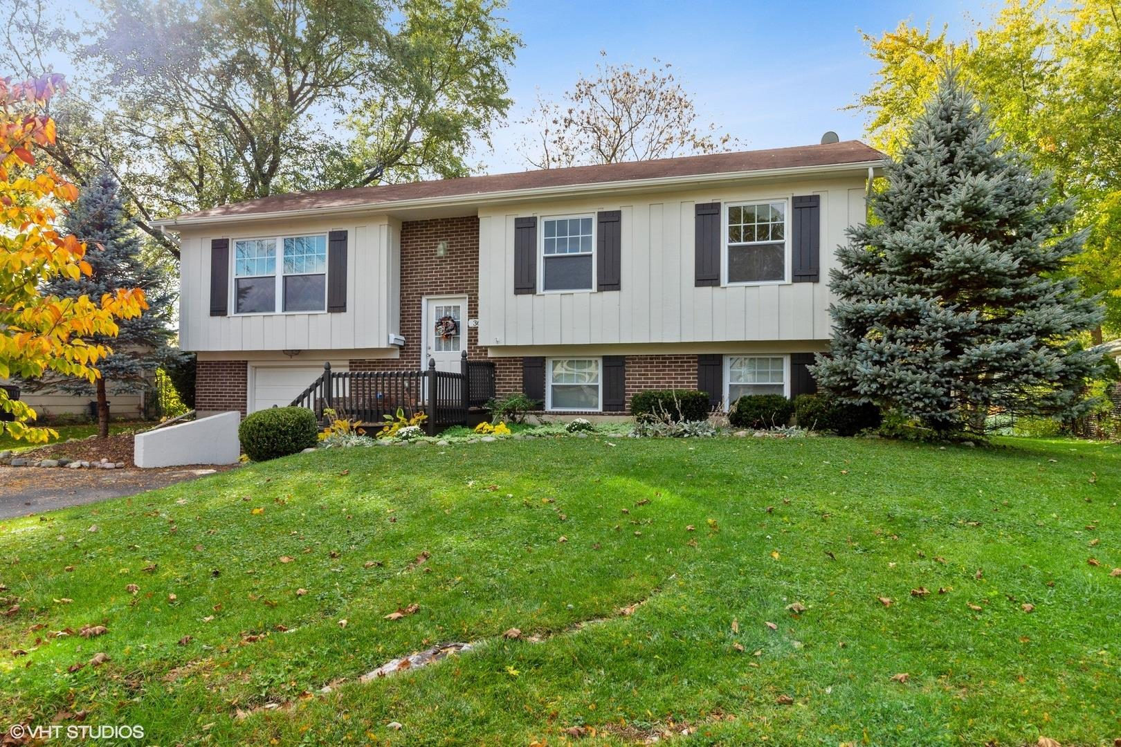 36 Red Haw Lane, Lake Zurich, IL 60047 - #: 10973889