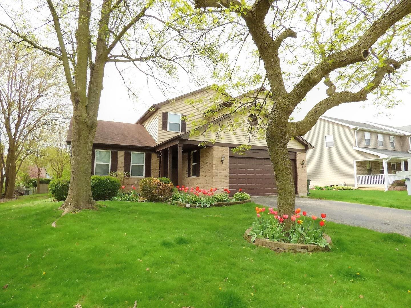 341 Wooded Knoll Drive, Cary, IL 60013 - #: 10792893