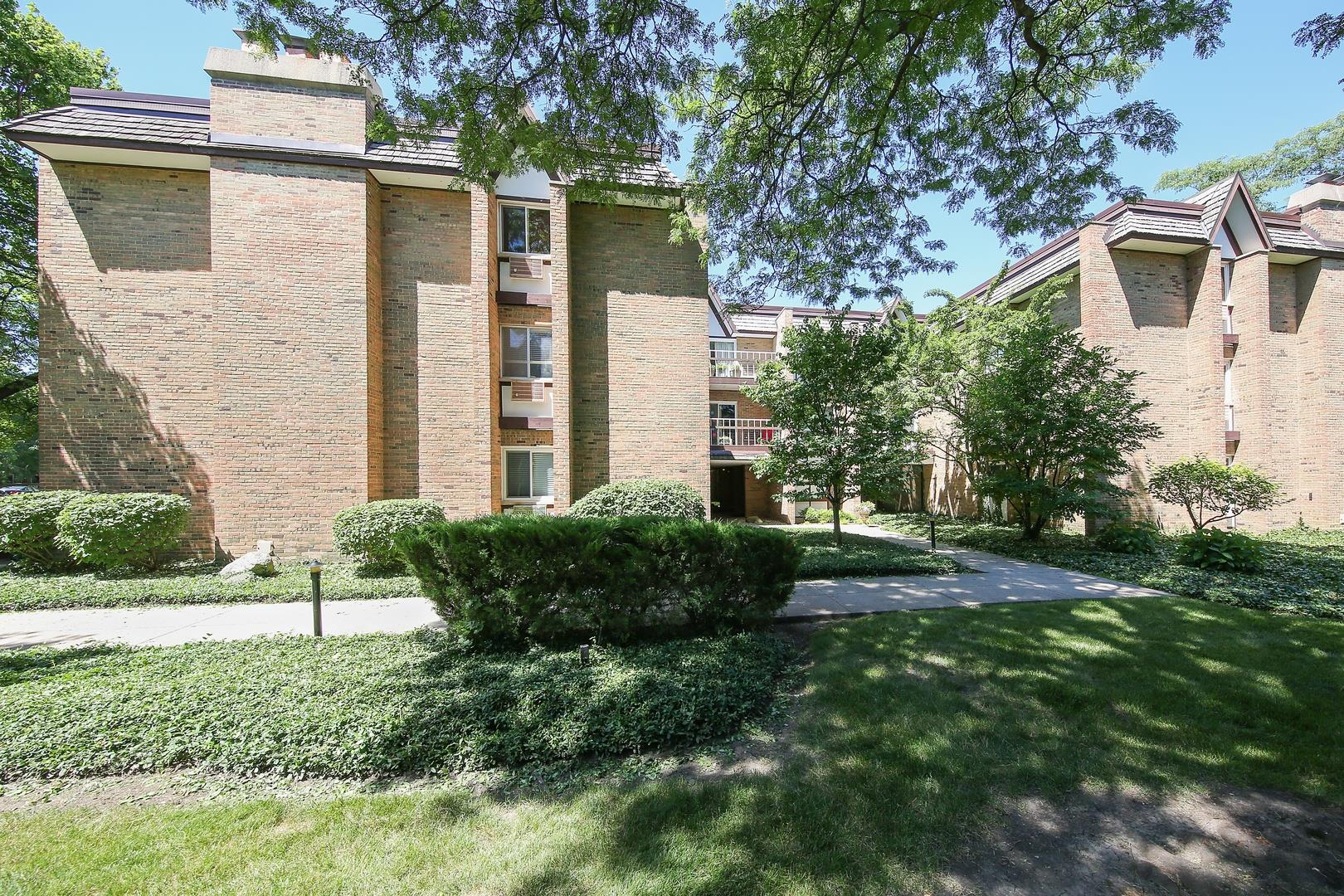 360 Claymoor Road #3D, Hinsdale, IL 60521 - #: 10945893