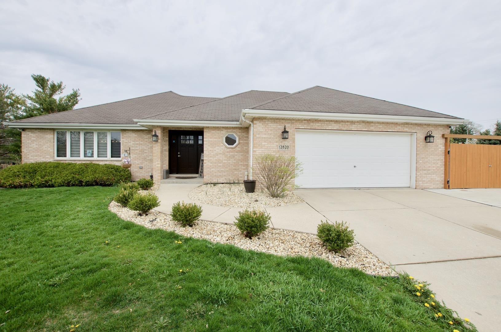 12820 W Beaver Lake Drive, Homer Glen, IL 60491 - #: 11049895