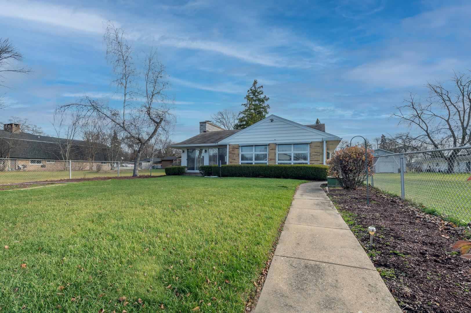 1417 N River Road, McHenry, IL 60051 - #: 10943896