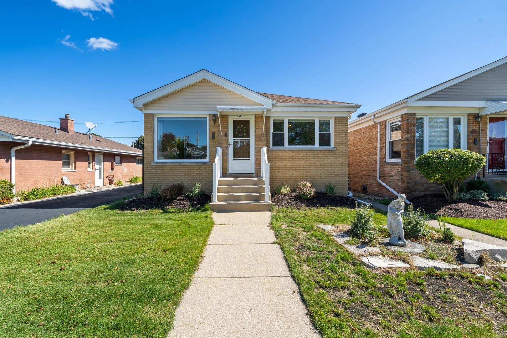 7507 N Odell Avenue, Chicago, IL 60631 - #: 10944897
