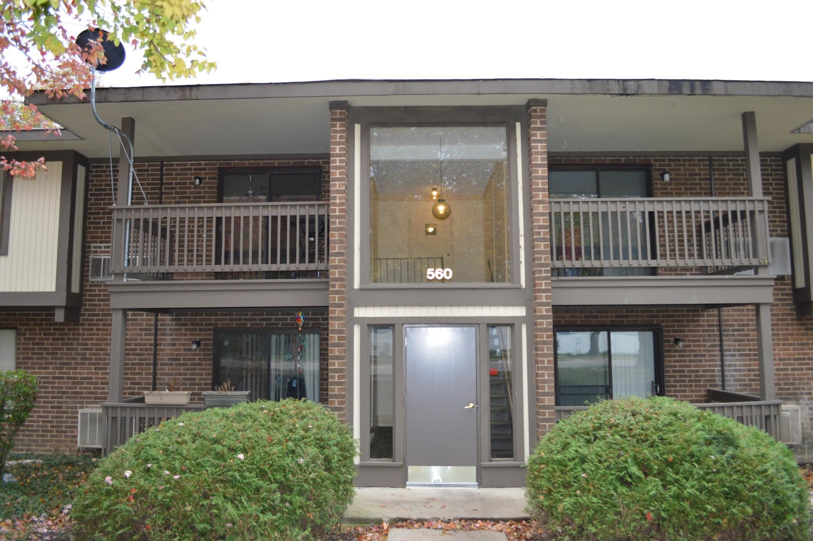560 SOMERSET Lane #4, Crystal Lake, IL 60014 - #: 10912901