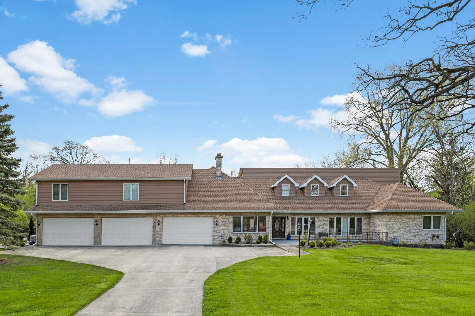 14 Yorkshire Woods, Oak Brook, IL 60523 - #: 10714902