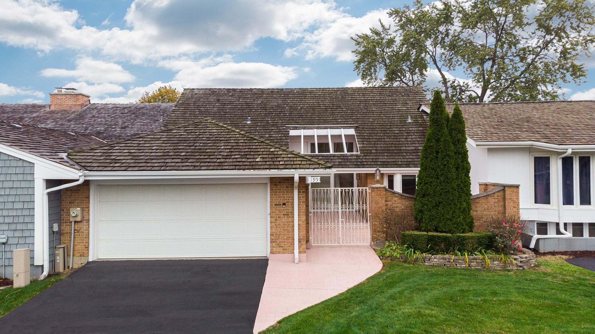 195 Briarwood Loop, Oak Brook, IL 60523 - #: 10990907