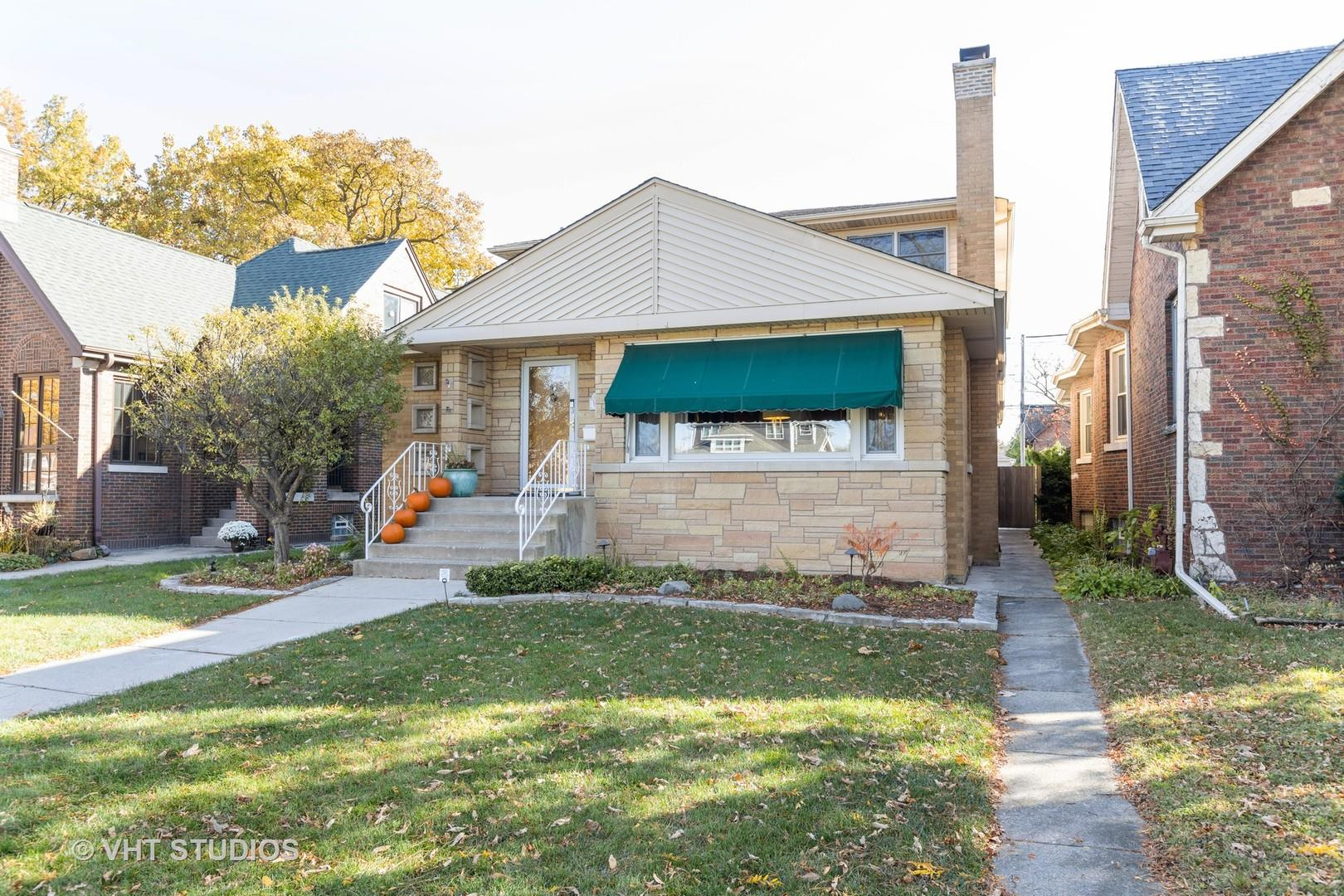 10219 S Oakley Avenue, Chicago, IL 60643 - #: 10933923