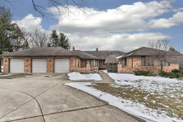 22 W Surrey Lane, Barrington Hills, IL 60010 - #: 10642925