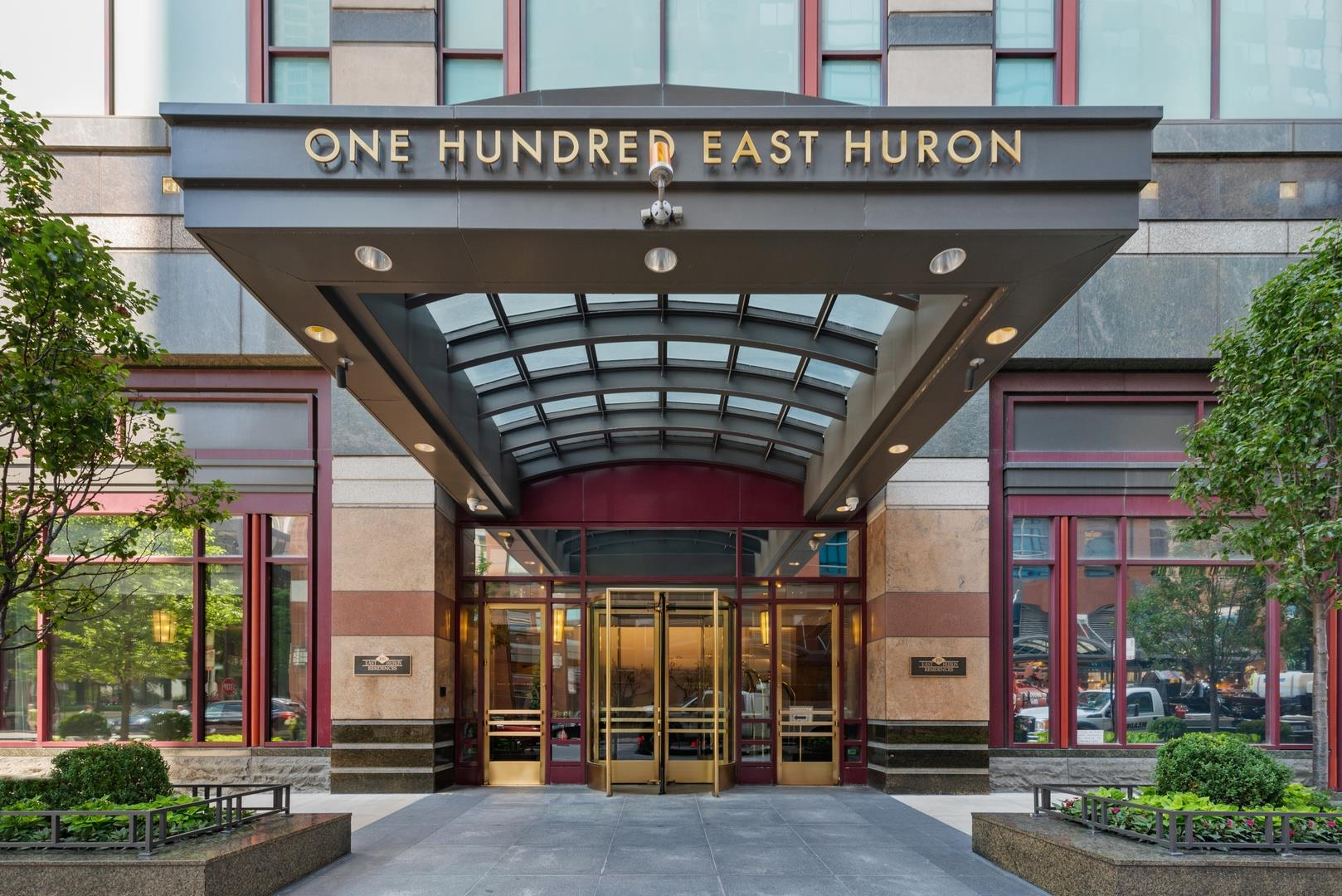 100 East Huron Street #1701, Chicago, IL 60611 - #: 10556926