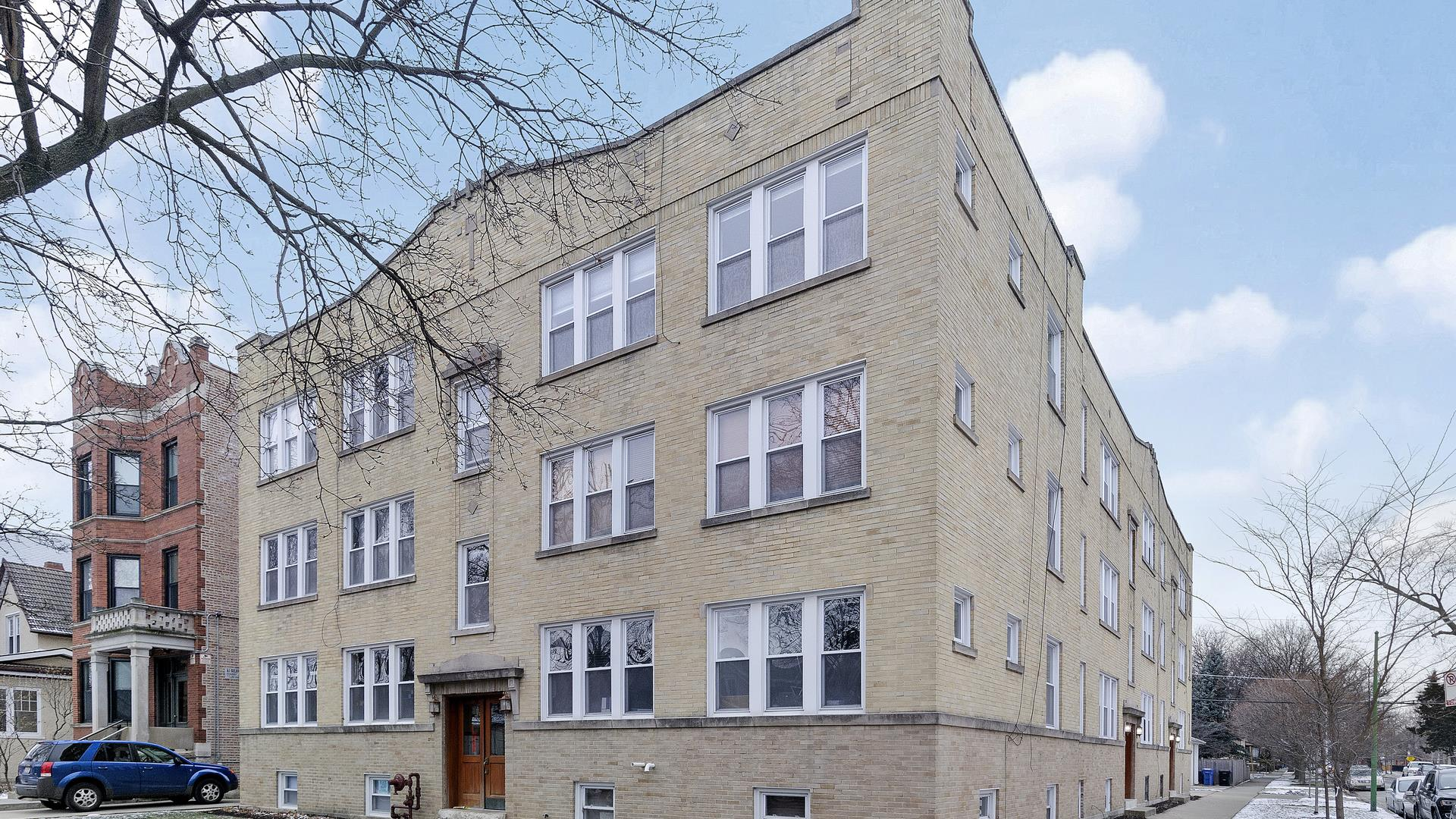 4452 N Kenneth Avenue #1, Chicago, IL 60630 - #: 10972927
