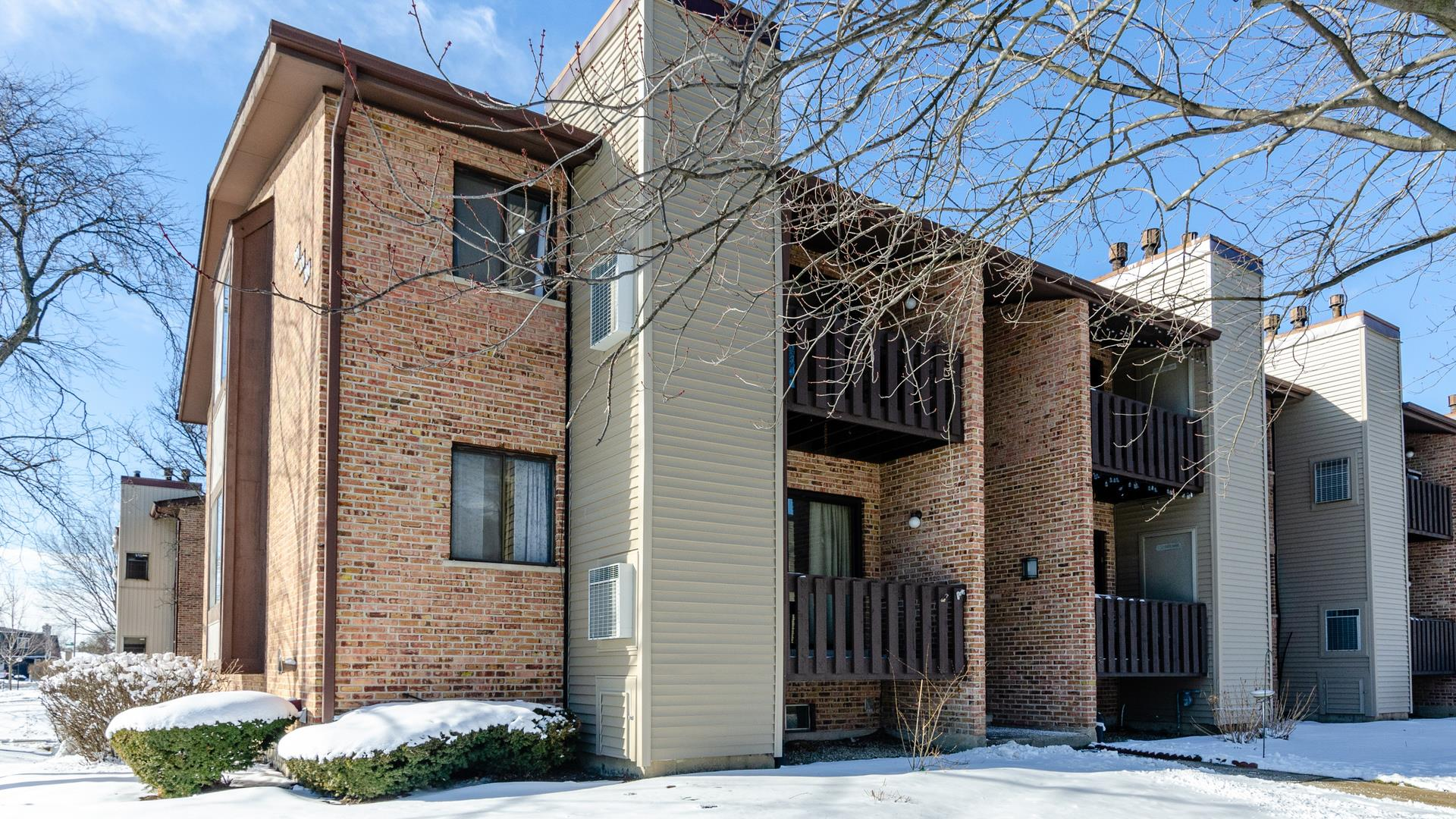 324 Sheridan Drive #2A, Willowbrook, IL 60527 - #: 10982930