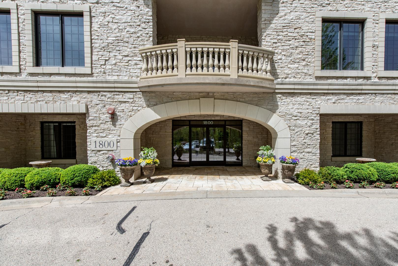 1800 Amberley Court #206, Lake Forest, IL 60045 - #: 11073934