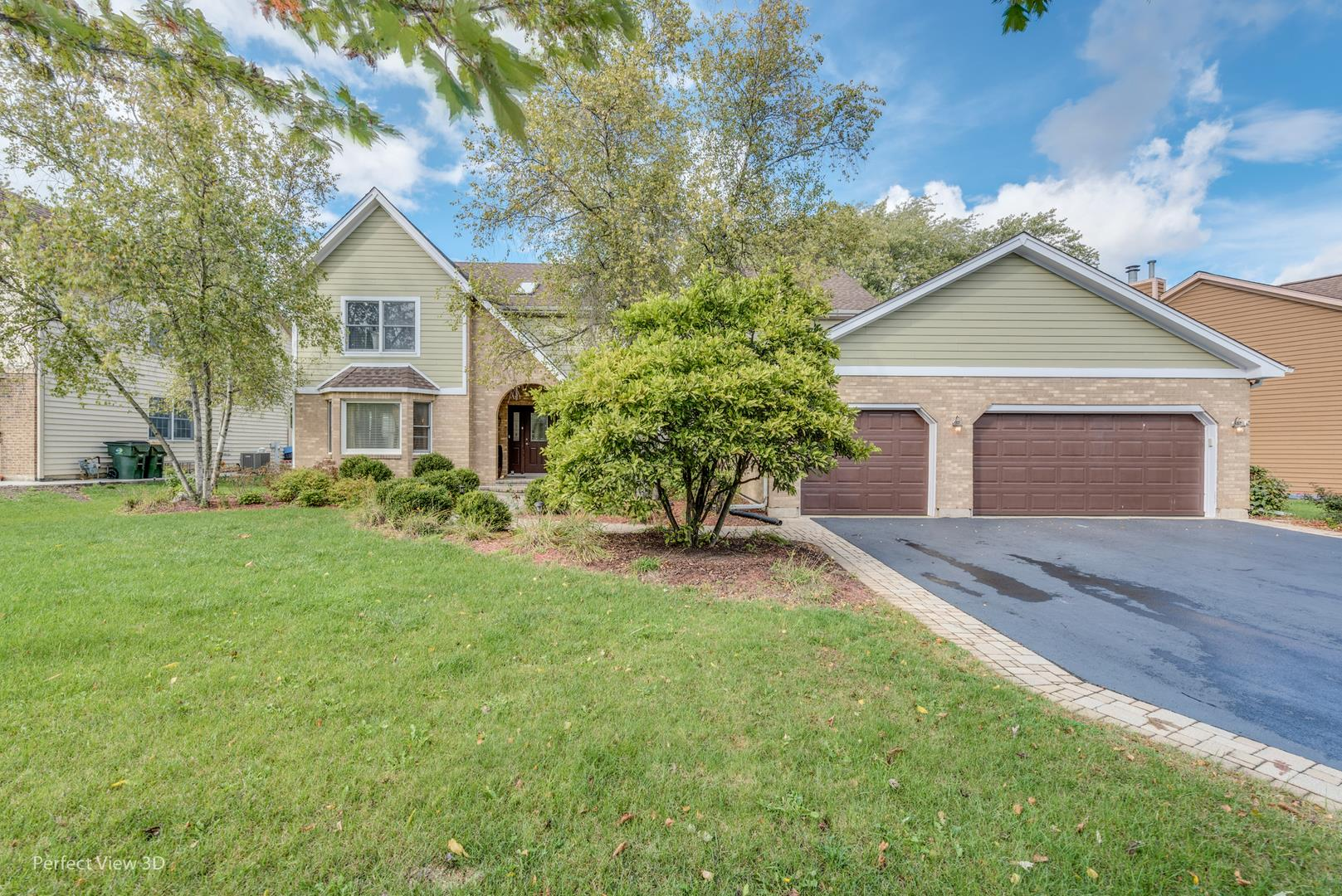 774 W Roanoke Court, Palatine, IL 60067 - #: 10890935
