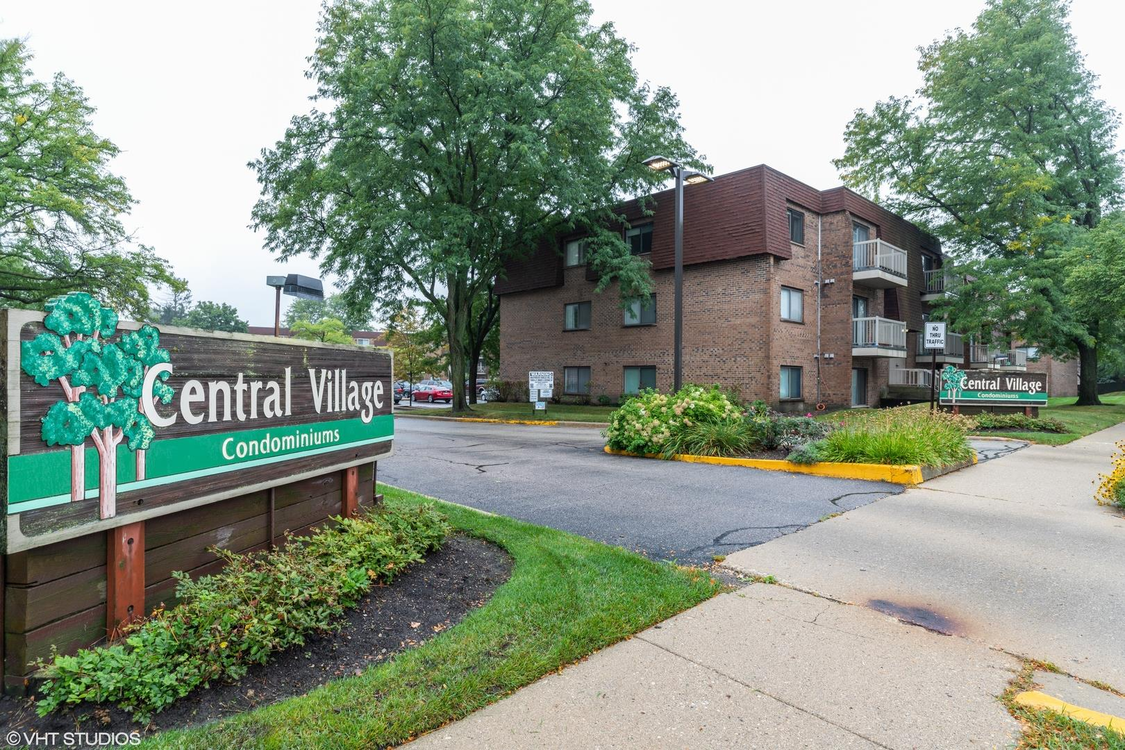 705 W Central Road #2C2, Mount Prospect, IL 60056 - #: 10850936