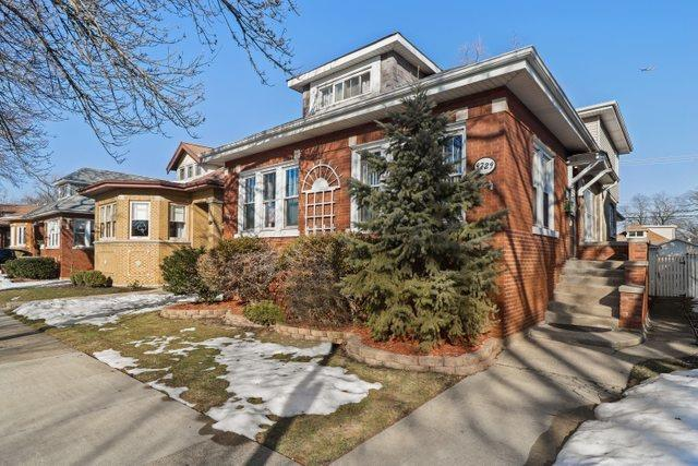 9729 S Seeley Avenue, Chicago, IL 60643 - #: 11002937