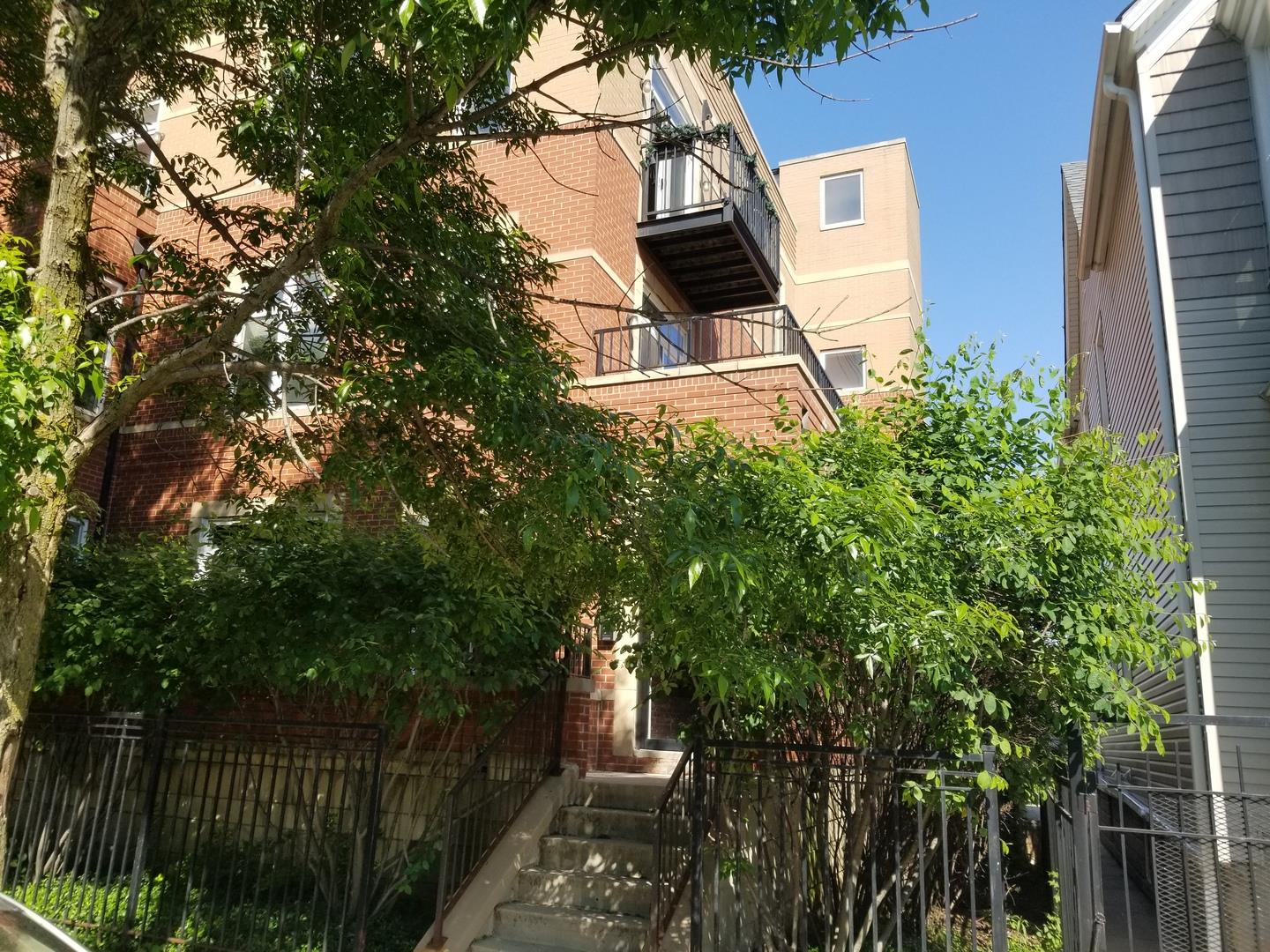 2758 W Francis Place #303, Chicago, IL 60647 - #: 10820940