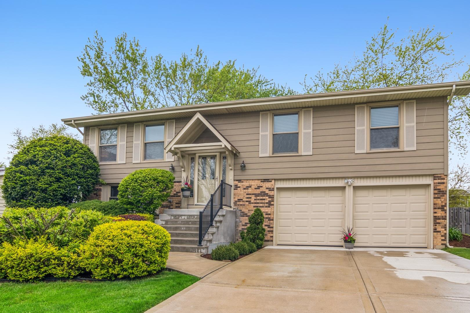 215 Circle Avenue, Bloomingdale, IL 60108 - #: 11085943