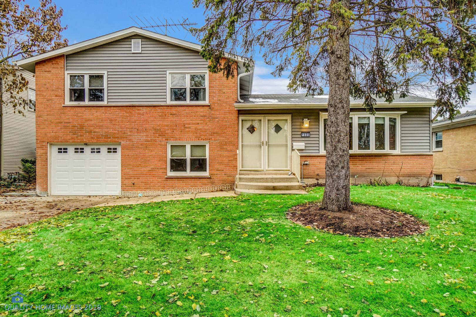 1600 W Catalpa Lane, Mount Prospect, IL 60056 - #: 10584952