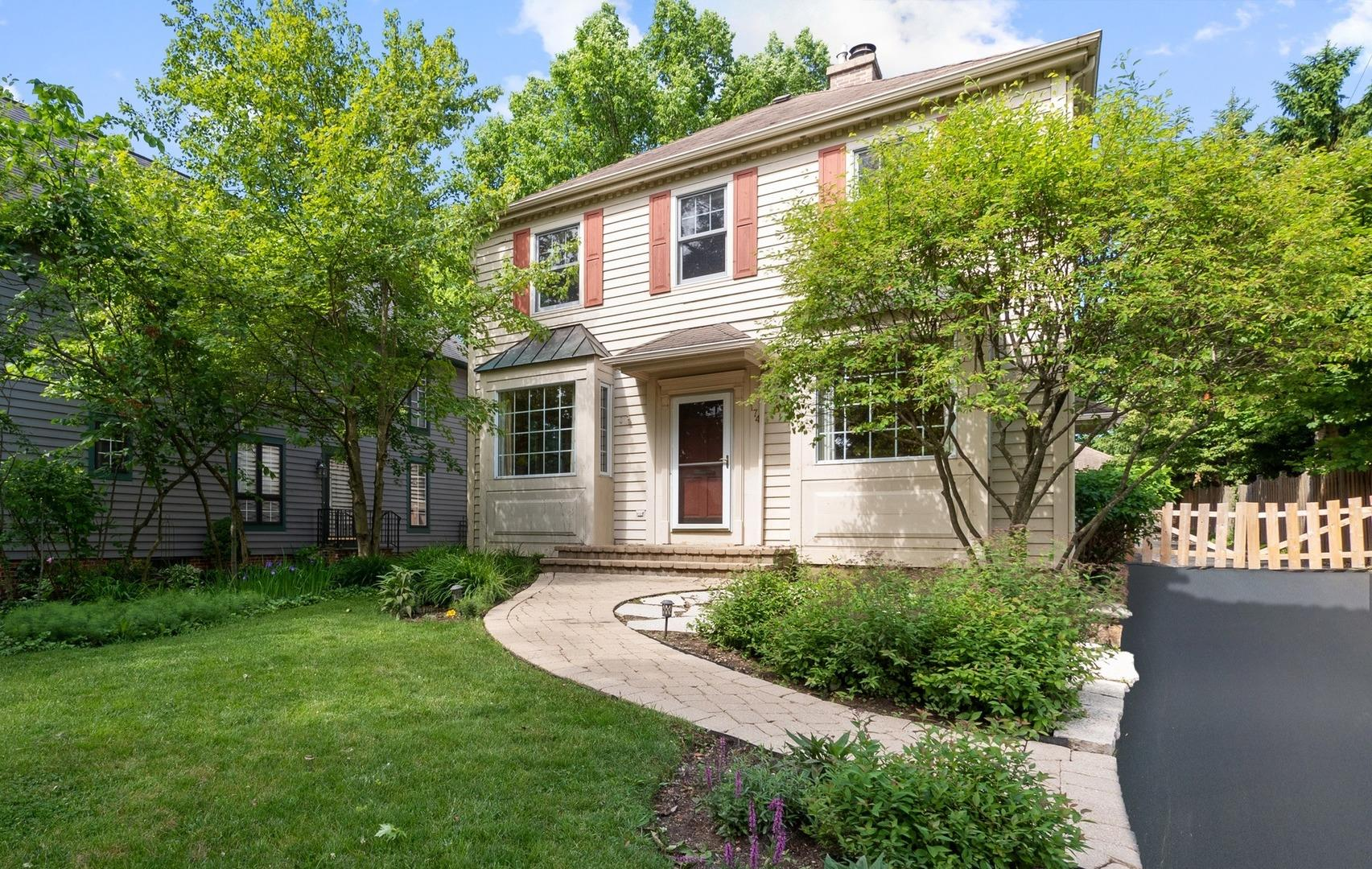 174 WILDWOOD Road, Lake Forest, IL 60045 - #: 10752954