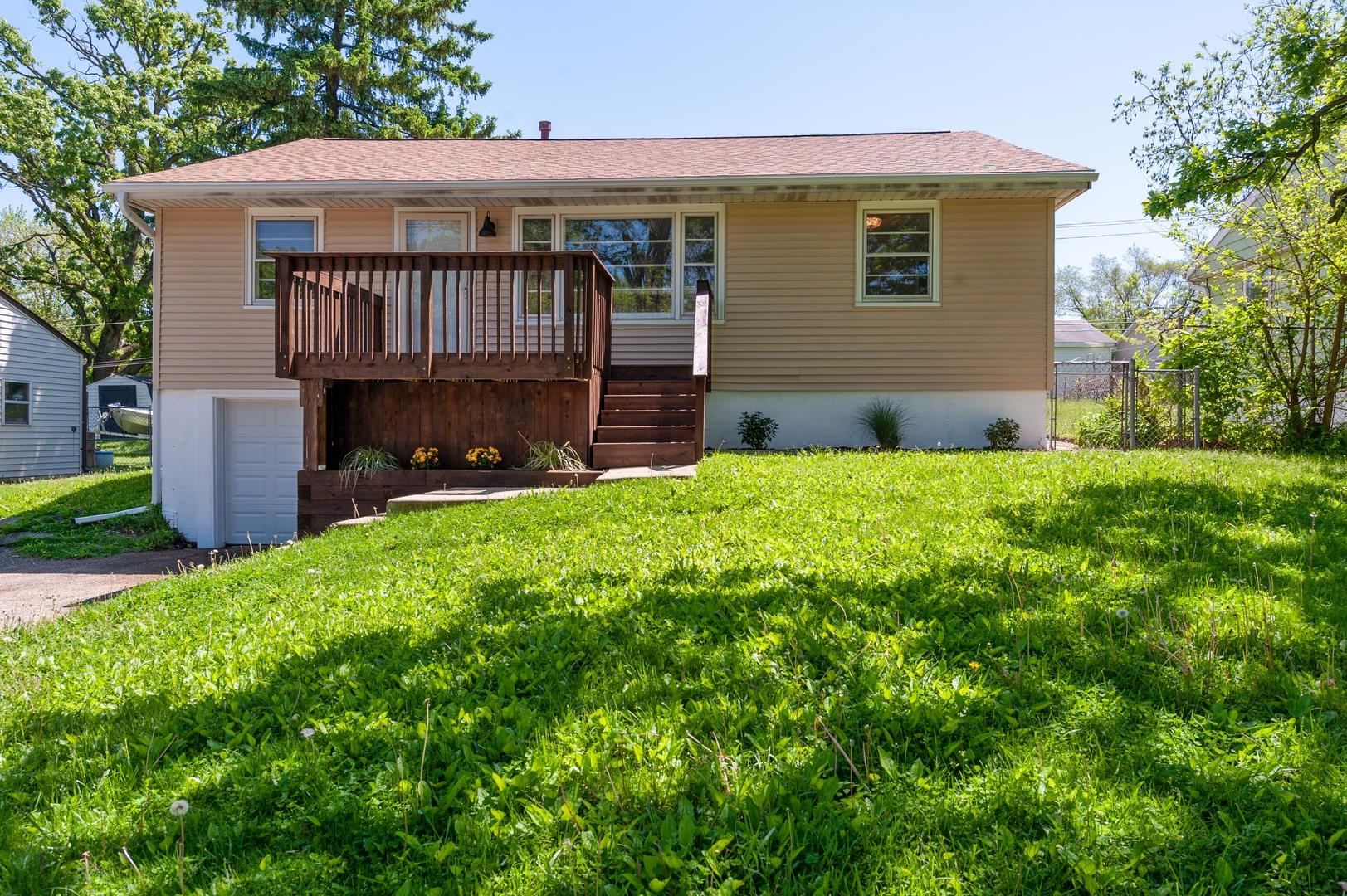 5806 N Woodland Drive, McHenry, IL 60051 - #: 10729955