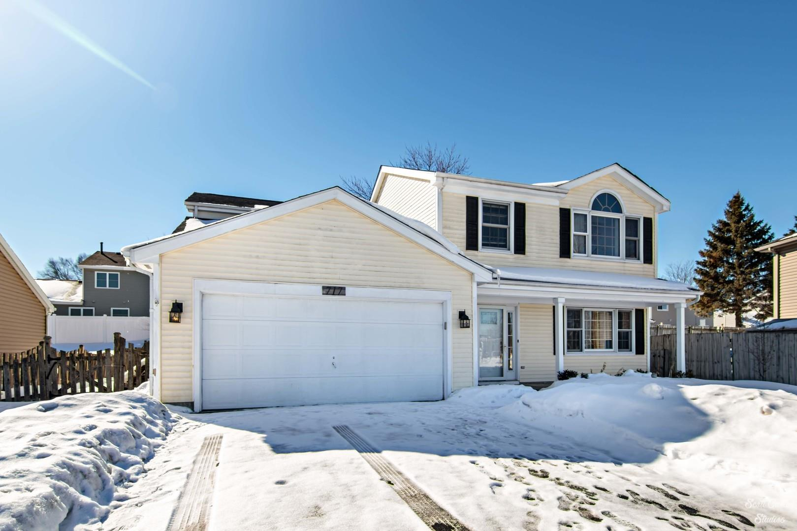 717 Greenmeadow Court, Crystal Lake, IL 60014 - #: 10999957