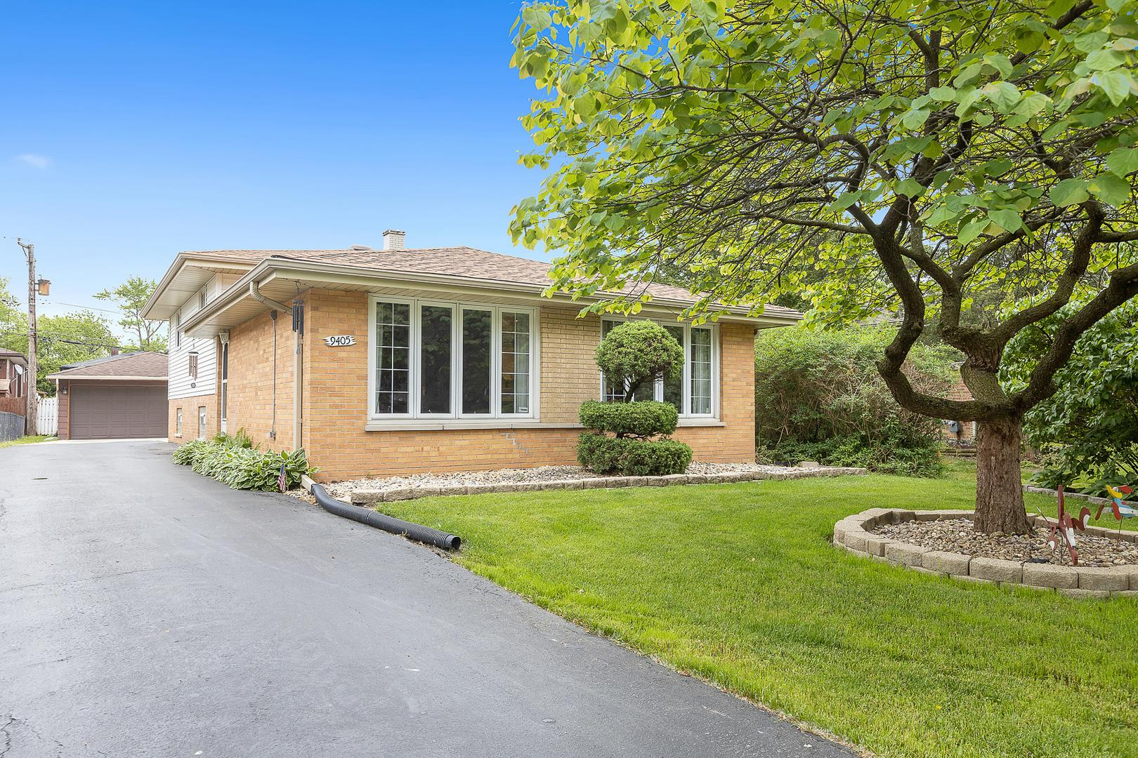9405 S 82nd Court, Hickory Hills, IL 60457 - #: 10736958