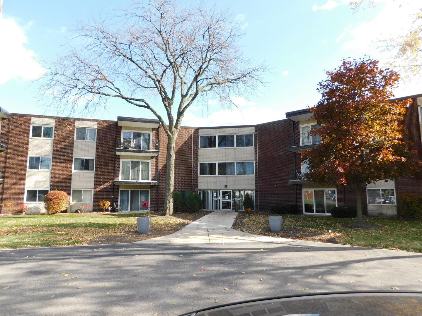 2800 Maple Avenue #32A, Downers Grove, IL 60515 - #: 10943969