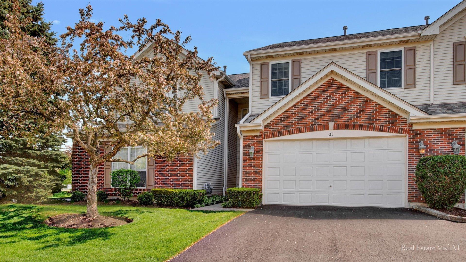 25 Walden Trail, Streamwood, IL 60107 - #: 11024971