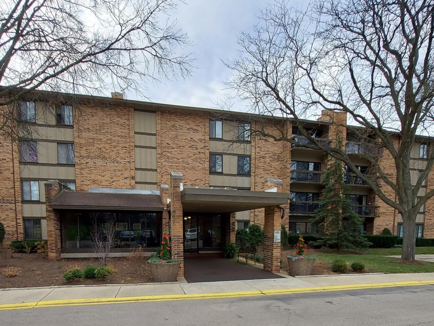 301 Lake Hinsdale Drive #310, Willowbrook, IL 60527 - #: 10987977