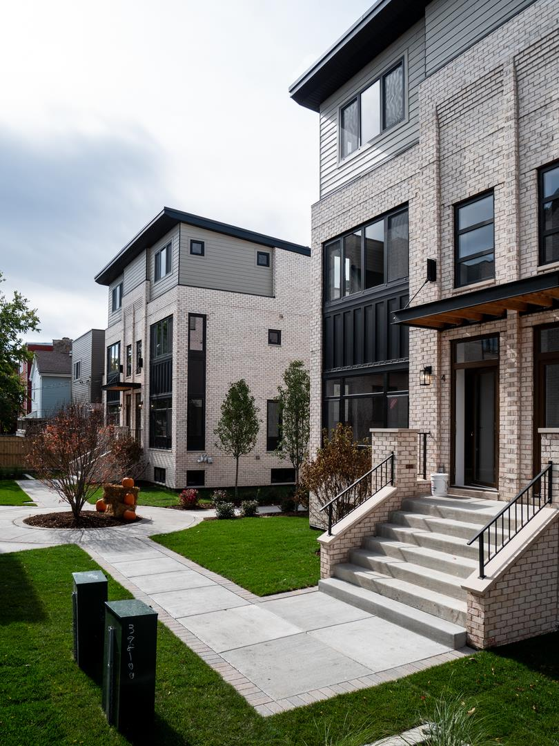 2245 N Rockwell Street #4, Chicago, IL 60647 - #: 10986982