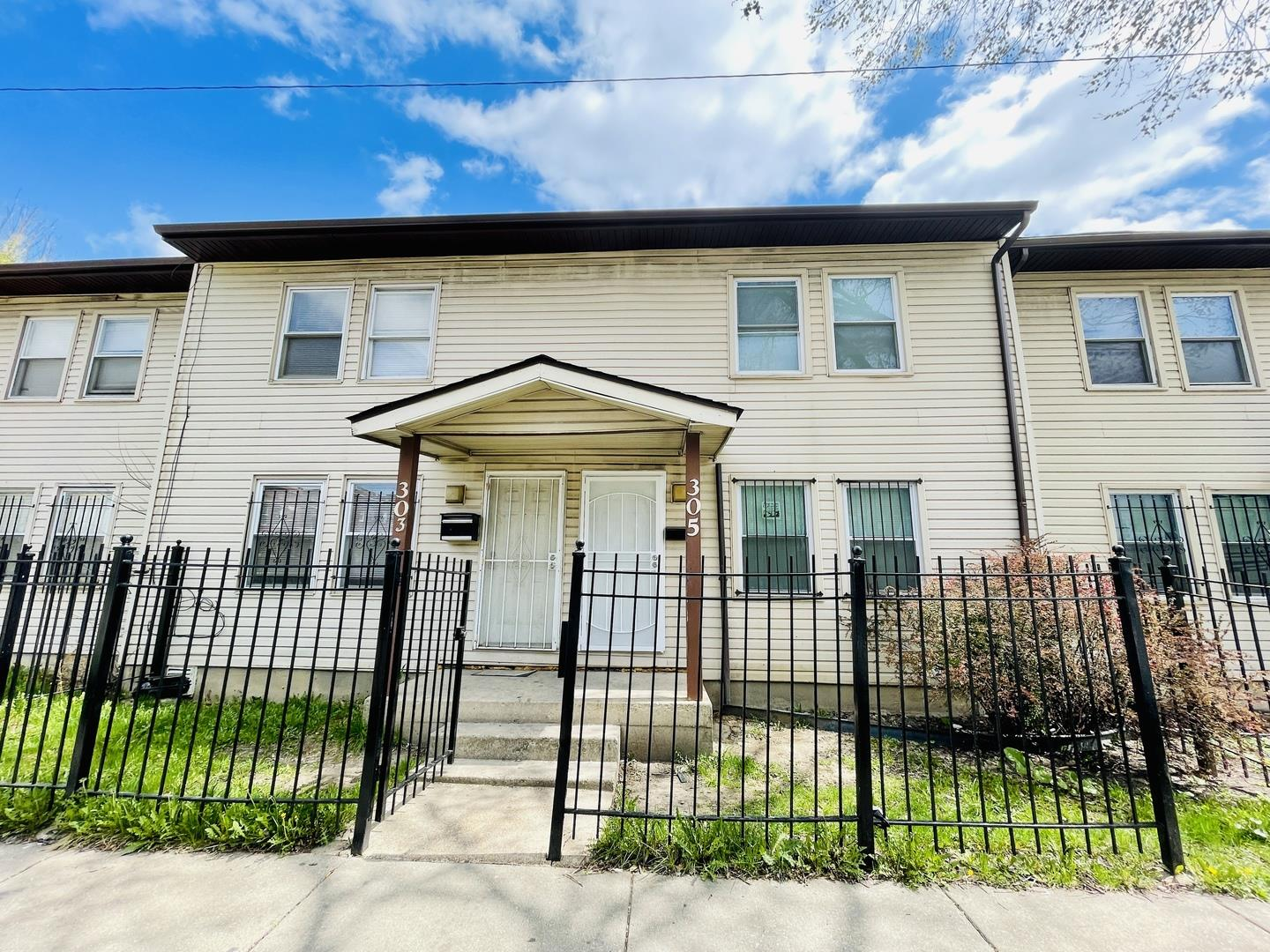 305 S Springfield Avenue, Chicago, IL 60624 - #: 11053985