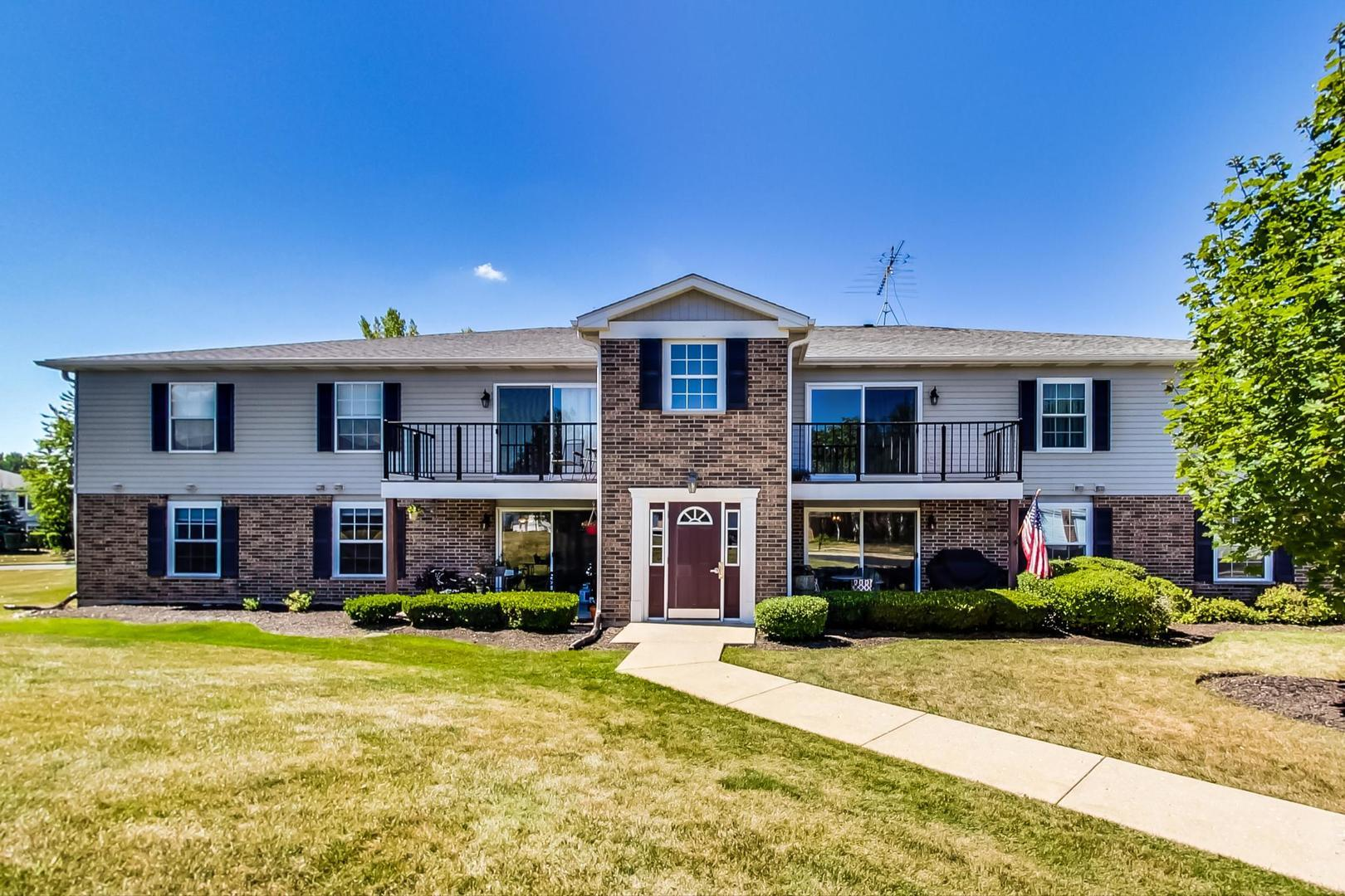 935 GOLF COURSE Road #2, Crystal Lake, IL 60014 - #: 10826986