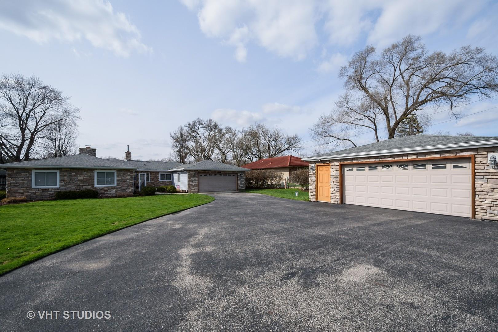 1425 N River Road, McHenry, IL 60051 - #: 10689988