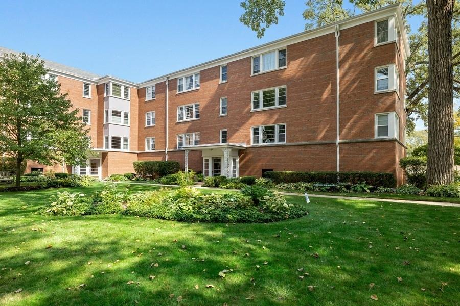 400 Laurel Avenue #3S, Wilmette, IL 60091 - #: 10884988