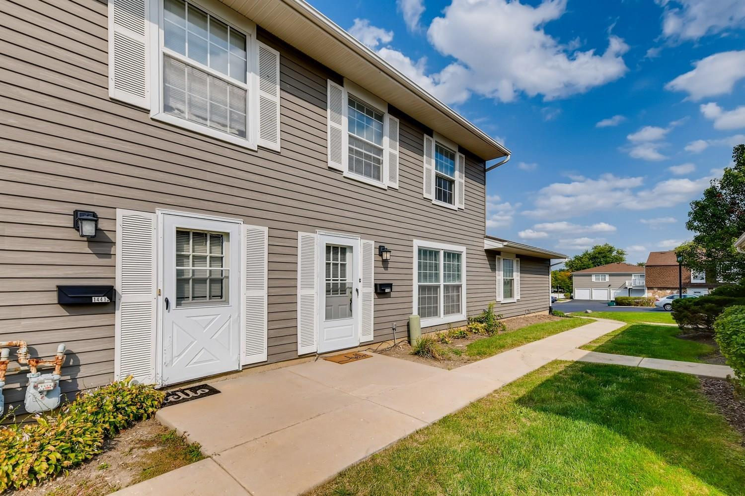 1441 Woodcutter Lane #C, Wheaton, IL 60189 - #: 10883991