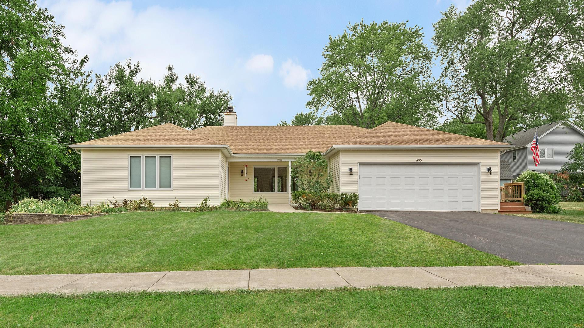 1015 E Thomas Road, Wheaton, IL 60187 - #: 10779994