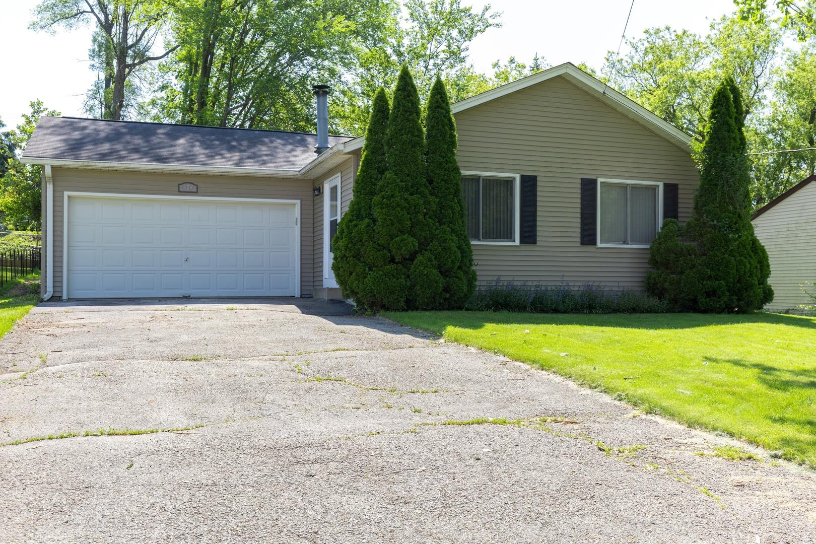 320 Council Trail, Lake in the Hills, IL 60156 - #: 10718997