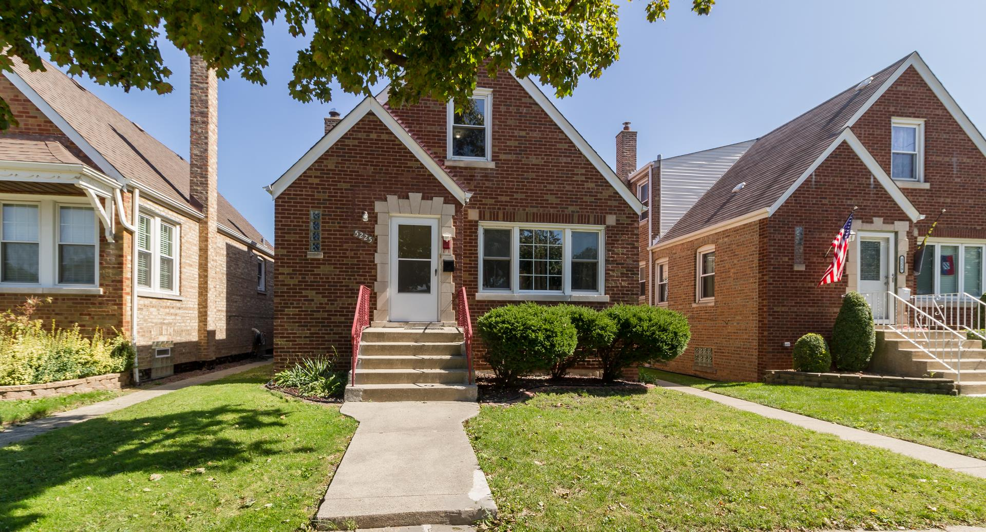 5225 S Narragansett Avenue, Chicago, IL 60638 - #: 10879997